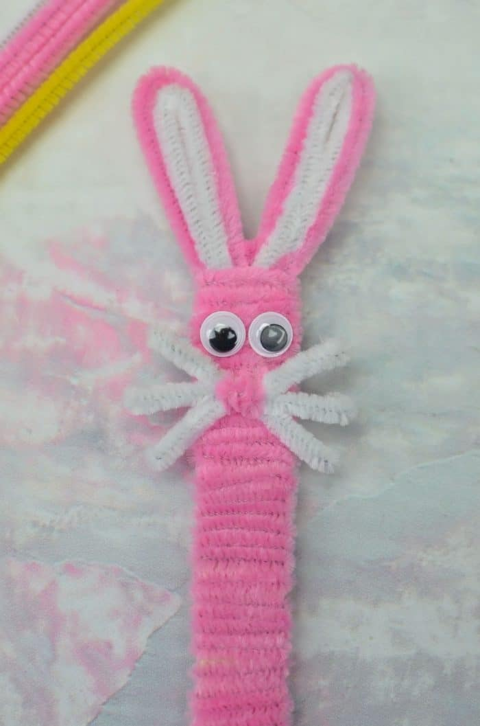 DIY Pipe Cleaner Popsicle Stick BUNNY